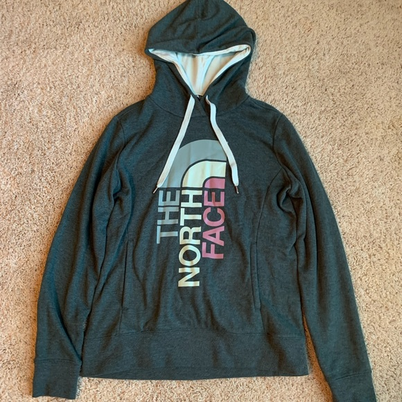 417f27365 The North Face Women's Trivert Pullover Hoodie!